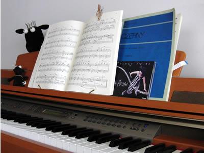 普段使っている楽譜と大好きなCD